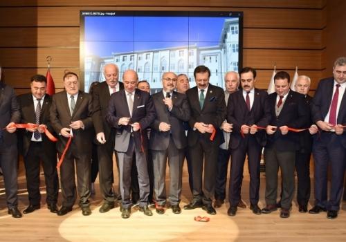 Ödemiş Ticaret Borsası Heyeti; Aydın Ticaret Odası Yeni Hizmet Binası Açılış Törenine Katılım Sağladı.