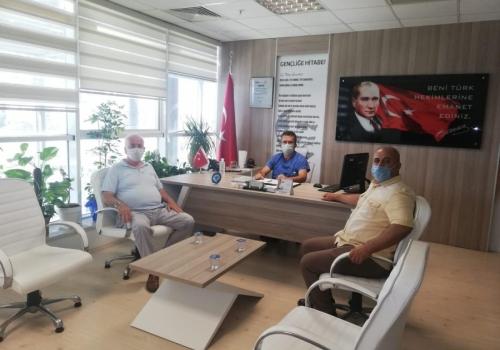 Ödemiş Ticaret Borsası Yönetim Kurulu Başkanı A.Latif AKA ; Ödemiş Devlet Hastanesi'ne ziyarette bulundu: